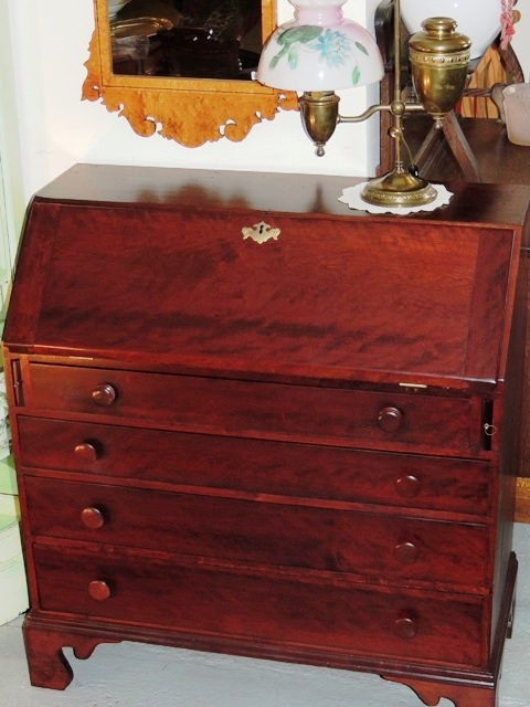 Chippendale Slant Front Desk, Figured Black Cherry, Pa, C. 1780, dovetailed - Antique Slant Front Desk Antique Furniture